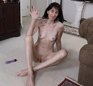 Free Ugly MILF Porn Galleries