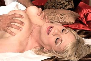 Free MILF Massage Porn Galleries