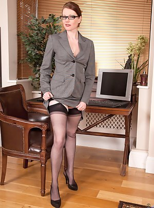 Free MILF Uniform Porn Galleries